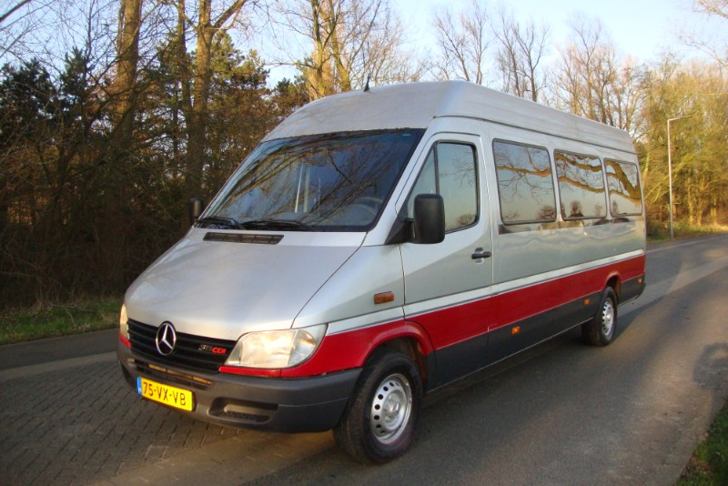 MERCEDES SPRINTER 15 PERSOONS